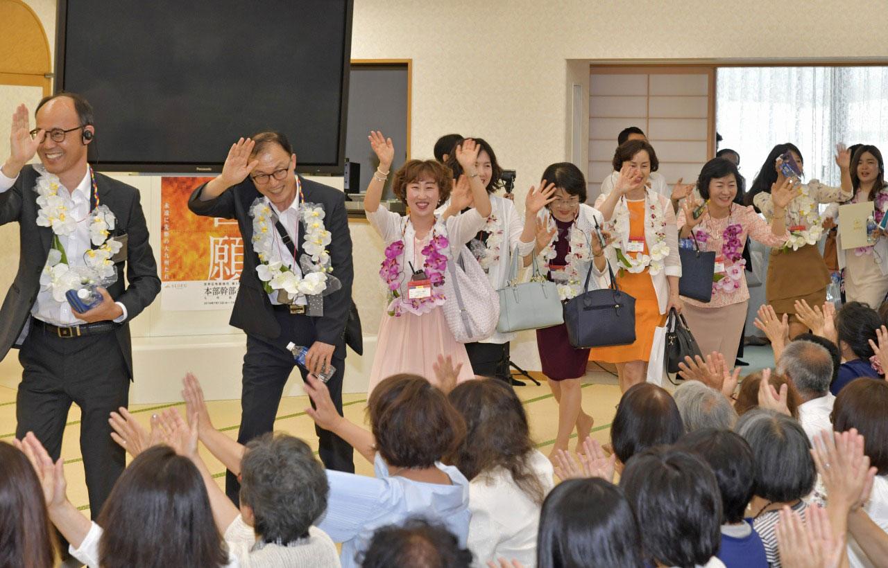 九州創価学会 福岡の6会場でSGIの友と交流