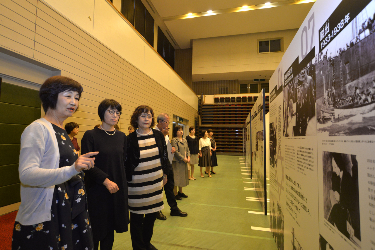 九州創価学会 福岡県糸島市で「ホロコースト展」を開催