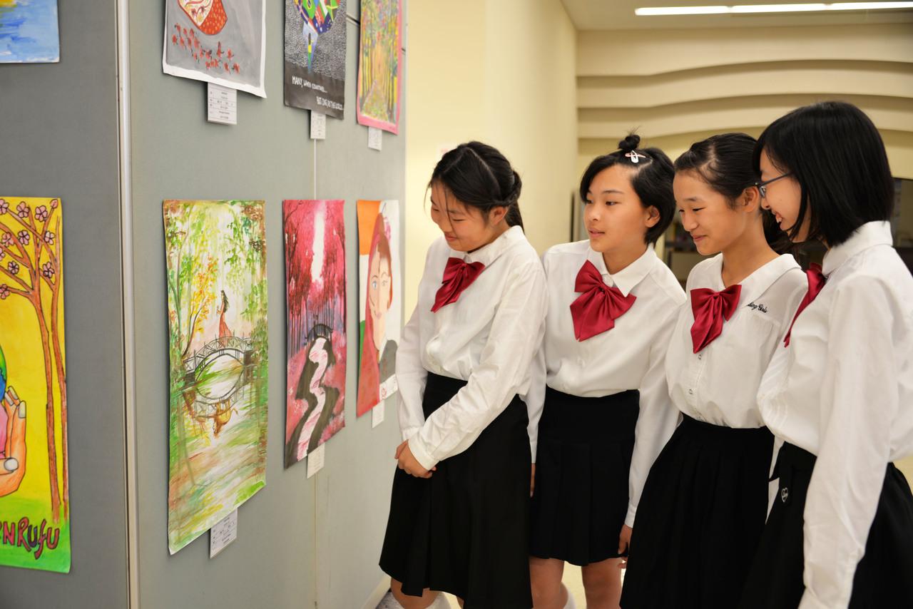 九州創価学会 九州池田講堂でインド友好少年少女希望絵画展