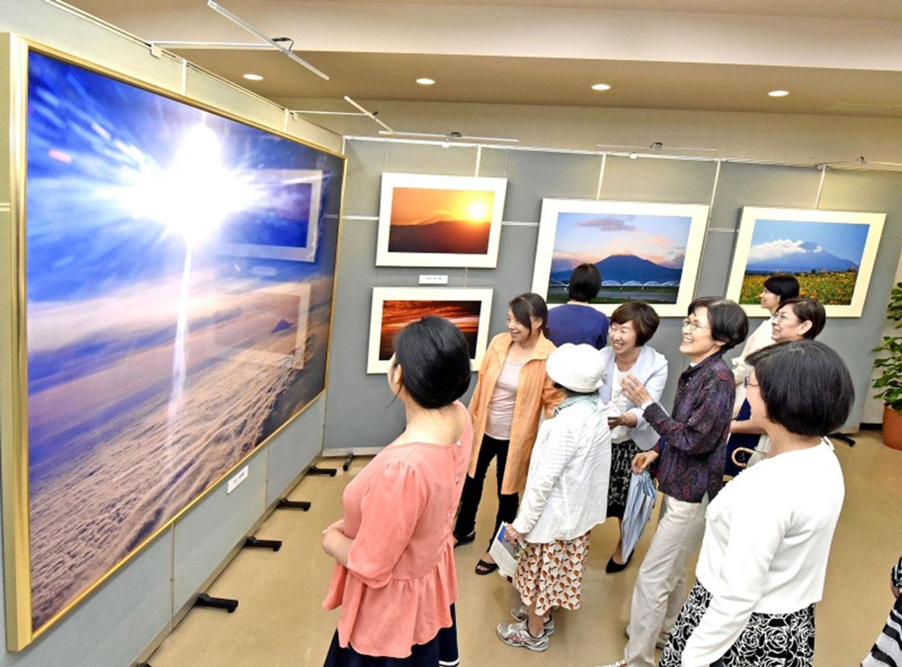 九州創価学会 福岡・早良で自然との対話写真展